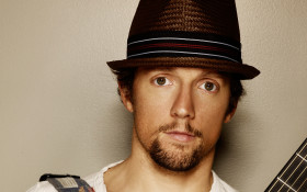 "[LISTEN] The Flash Drive: ""Look for the good in every situation"" - Jason Mraz"