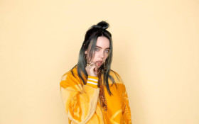 Billie Eilish shares her AWKWARD first kiss story!