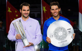 Roger Federer has landed in SA, ahead of game against Rafael Nadal