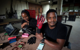Kenyan invents smart gloves that sound out sign language motions