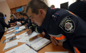 Policemen are learning new languages