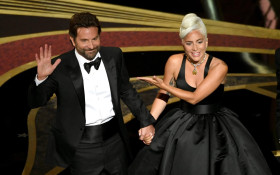 Hilarious dub of Lady Gaga & Bradley Cooper's Oscar performance