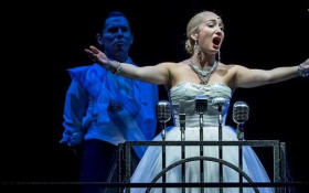 Leading lady Emma Kingston talks gracing stage of 'Evita' musical