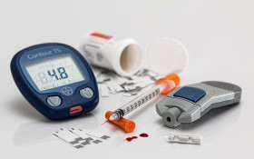 Revolutionary 'blood-free' breathalyser test created for diabetics