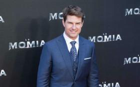 Tom Cruise resumes MI6 stunt filming