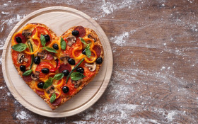 Massimo's pizza feeds hungry mouths in Hout Bay, and gets customers to do so too