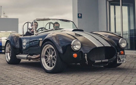 Explore the Cape with a classic Cobra experience