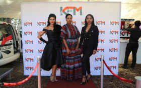 The KFM team sparkle at the SunMet!
