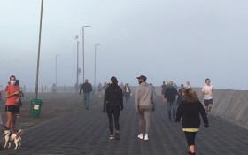 [PICS & VIDEOS] Sea Point promenade buzzing on Day 1 of lockdown level 4