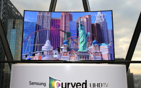 [POLL] The Best Game Watching Feature of the Samsung UHD Curved TV
