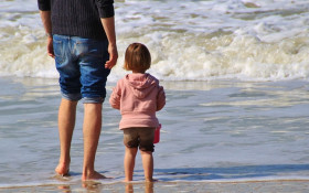 How dads can form healthy relationships with their daughters