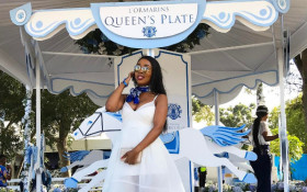 KFM's ladies sparkle at the L'ormarins Queen's Plate