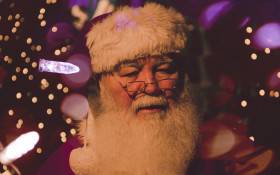 Kfm Mornings call Santa Claus and some people have questions for him