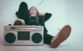 How well do you know the music of the 90s? Test your knowledge here!