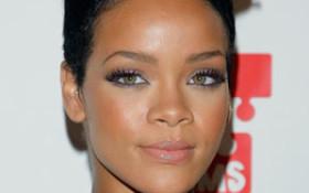 Court Filings Reveal Rihanna Lost $9 Million in 2009