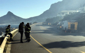 SANParks: Twelve Apostles mountain fire still going strong