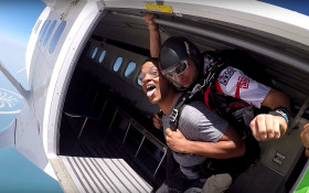 VIRAL: How skydiving helped Will Smith overcome his fear