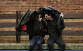 Darren's Senseless Survey -  Did you kiss your sister