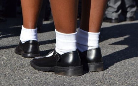 Dread taking the kids to the shops for new school shoes? Try this nifty hack!