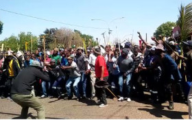 [WATCH] Angry protest song in JHB CBD sparks outrage on social media