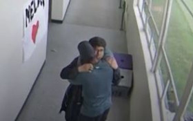 [WATCH] Oregon coach hugging student after disarming him of shotgun, goes viral