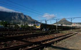 Metrorail: 60 minutes plus travel time on slow central line