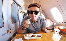 TRENDING ON YOUTUBE: Casey Neistat reviews the amazing Qatar Business Class!
