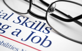 Should job ads include potential salary pay? It's a tough one for our listeners
