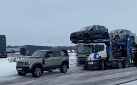 [WATCH]路虎拉动7辆SUV的运输车风靡一时