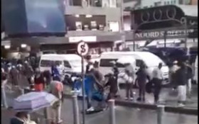 [WATCH] Funny way to get passengers to their destination without getting wet