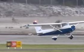 [WATCH] Air traffic controller talks a student pilot through landing