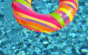How you can maintain your swimming pool without using municipal water