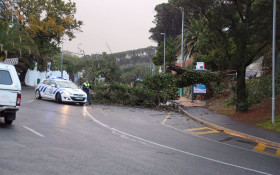#CapeStorm: Road closures and train delays