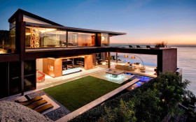 4 day Clifton luxury home rental for almost million rand