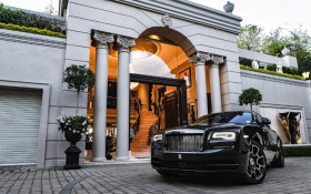 Buy Johannesburg's greatest mansion – get a free Rolls Royce and a R28m discount