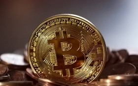 Are you missing out? Bitcoin ('Zimbabwean dollar in reverse') revisited…