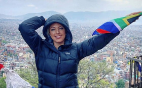 Mrs SA airlifted from Mount Everest