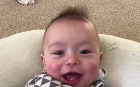 """Talented dad edits his baby son's noises into AC/DC's track """"Thunderstruck"""""""