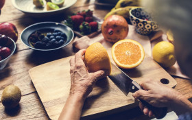 Scrap 'fad diets' this New Year and focus on holistic health, warns doc