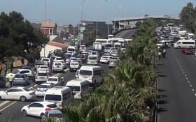 [WARNING] Taxis blocking the N2 at the M5, causing heavy delays leaving the CBD