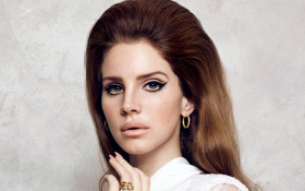 Lana Del Rey covers Ariana Grande's 'Break Up With Your Girlfriend, I'm Bored'