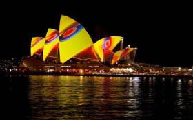 Sydney Show Boat Vivid Sydney Dinner Cruise