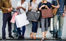 6 tips on how to avoid overspending this festive season