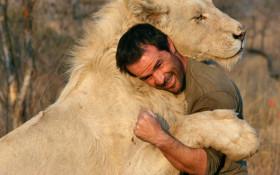 Kevin Richardson on lion conservation