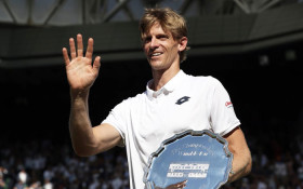 Carl Wastie Chats To Kevin Anderson