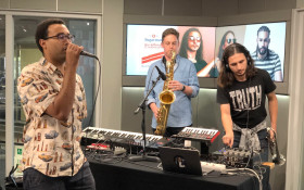 EXCLUSIVE: The Kiffness & Mathew Gold perform Sugarman live on the #CokeTop40CT