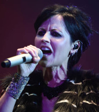 Twitter Trends: Fans mourn death of Cranberries lead singer, Dolores O'Riordan