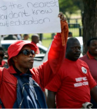 Sadtu To March On Hoërskool Overvaal; DA To Lay Charges