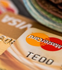 Banking ombud on fraud trends (and how 'tap-and-go' contactless cards work)