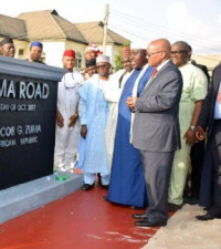 Twitter is gobsmacked as Nigeria honours Jacob Zuma with bronze statue and road